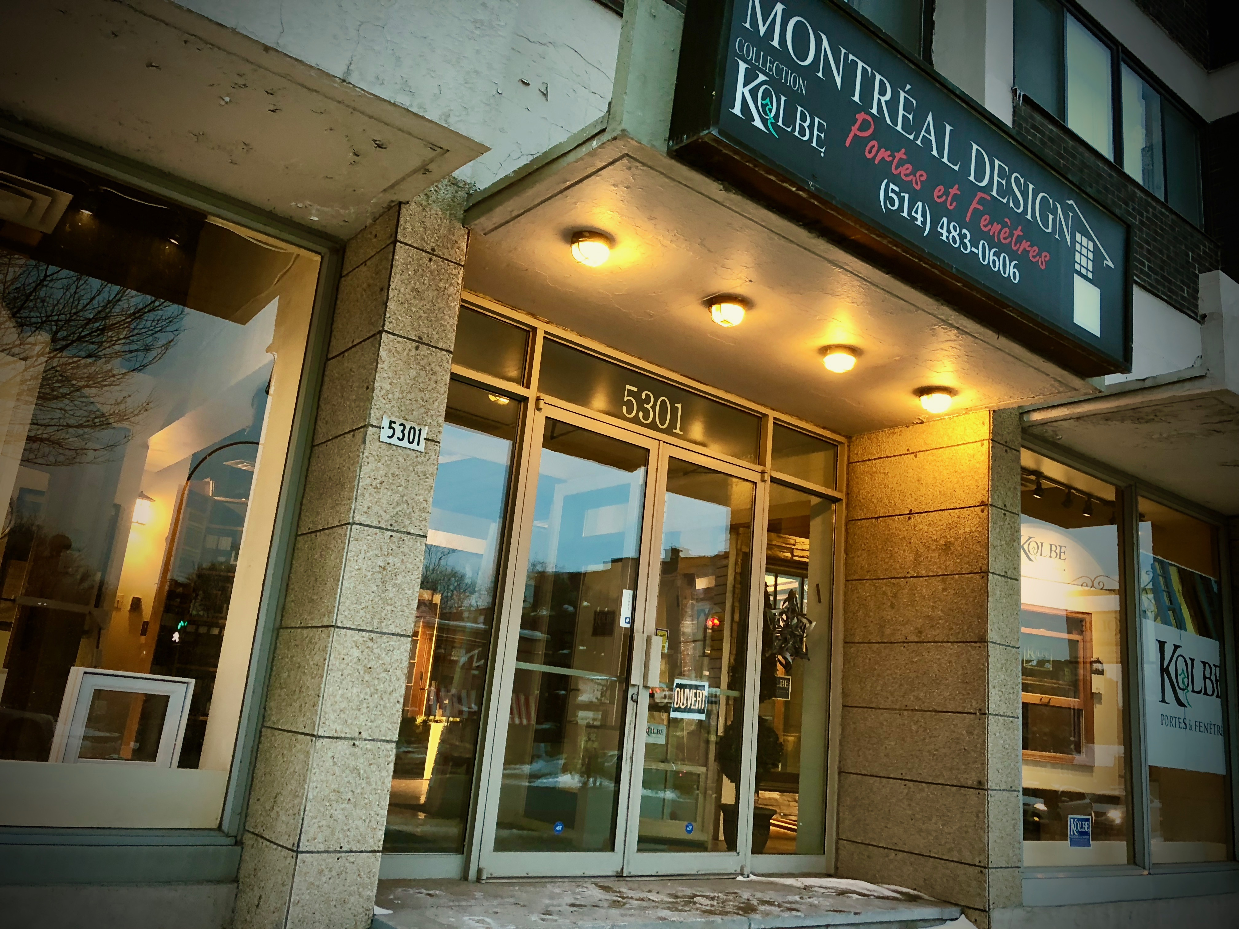 Montreal Design Portes et Fenetres Showroom